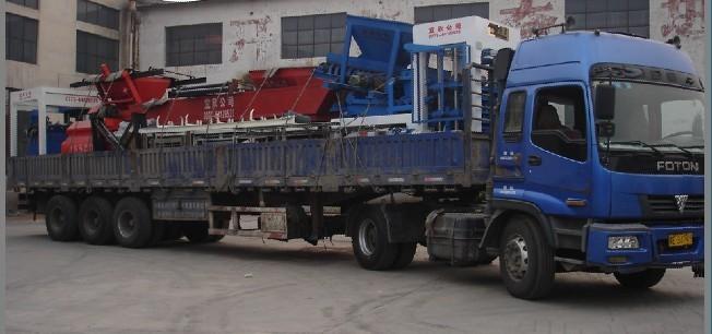 新疆免烧砖机设备发货现场