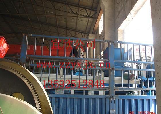 四川宜宾4-15免托板免烧砖机发货现场
